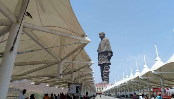 Statue Complex