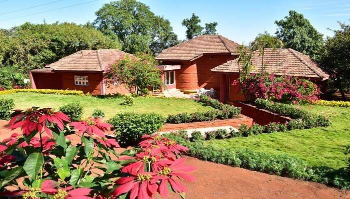 cover - homestays in mahabaleshwar