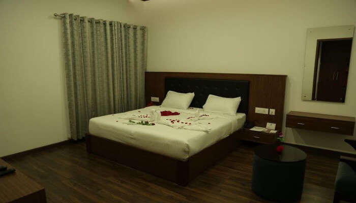 bedroom with flower decoration