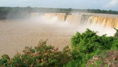 Chitrakot_waterfalls