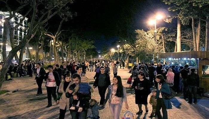 Enjoy Baku' Ravishing Nightlife