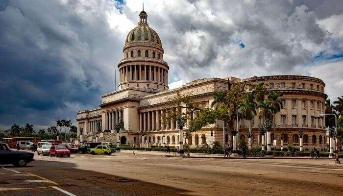 Explore amazing Havana