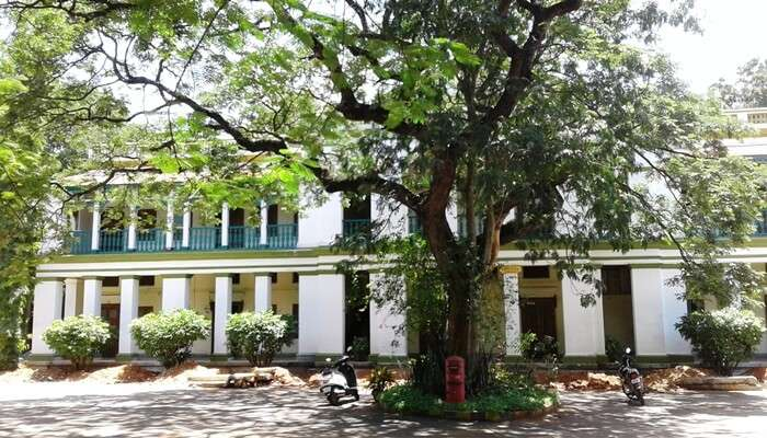 Guest house in bangalore cover