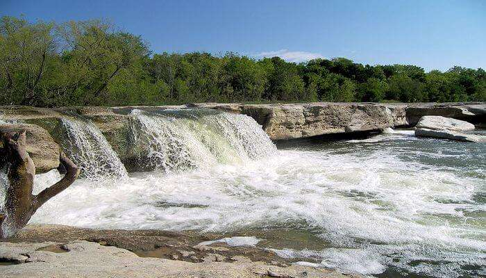 Hike In McKinney Falls State Park