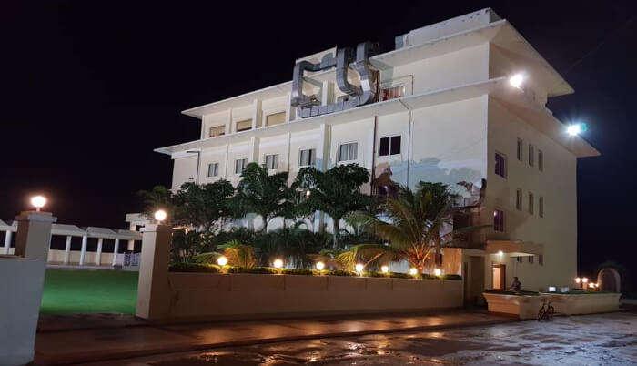 Hotel East West in puri