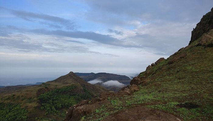 How To Reach The Location Of Kalsubai Trek