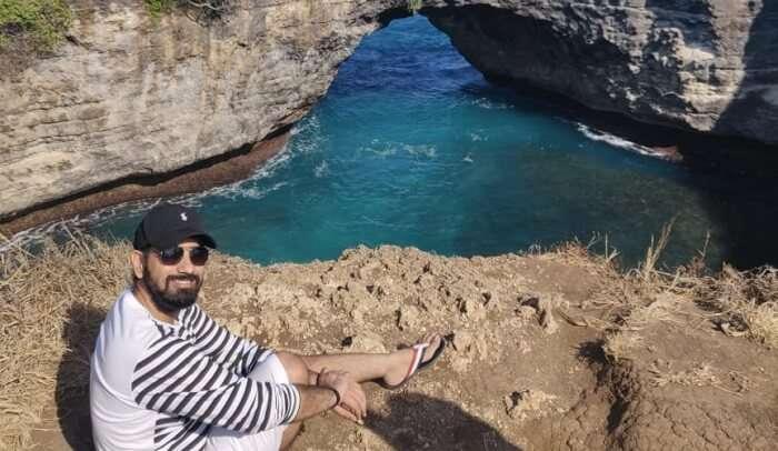 wacthing the beautiful view of Nusa Penida