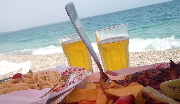 had delicous food while sittiing on the beach