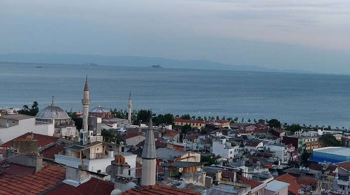 ovreview of the city istanbul