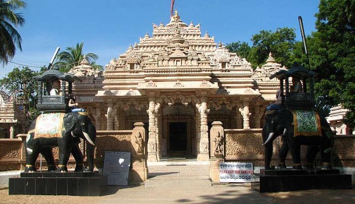 Famous Jain Temple in Telangana