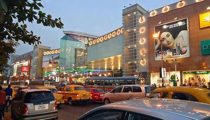 Kolkata Apartment Near Mall City
