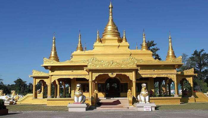 Learn Buddhist Culture At Golden Pagoda