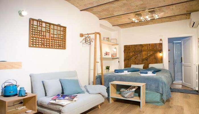 Private And Modern Studio