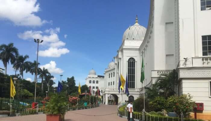 Know More About The History Image Source Salar Jung Museum is not only famously famous in Telangana, but it is quite popular in the