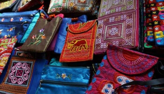 shopping in mathura