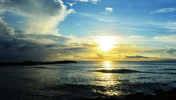 sunrise behind the sea