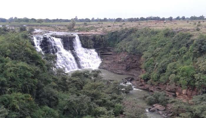 Tanda Falls Near Varanasi