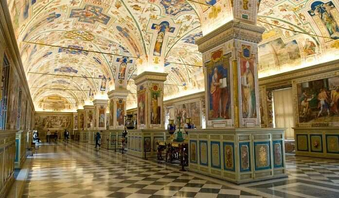 oldest libraries