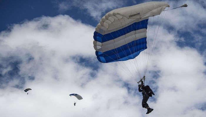 Adventure Skydiving In Switzerland