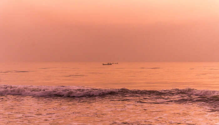 places to visit near Marina Beach