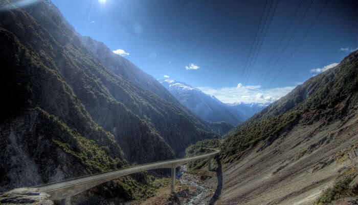mountains of Arthur Pass are the most accessible in New Zealand