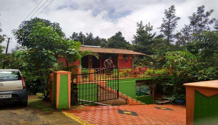 Bhagavathy Budget Cottage