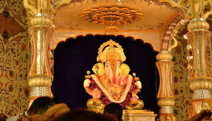 Dagdusheth Halwai Temple in Pune_23rd jan