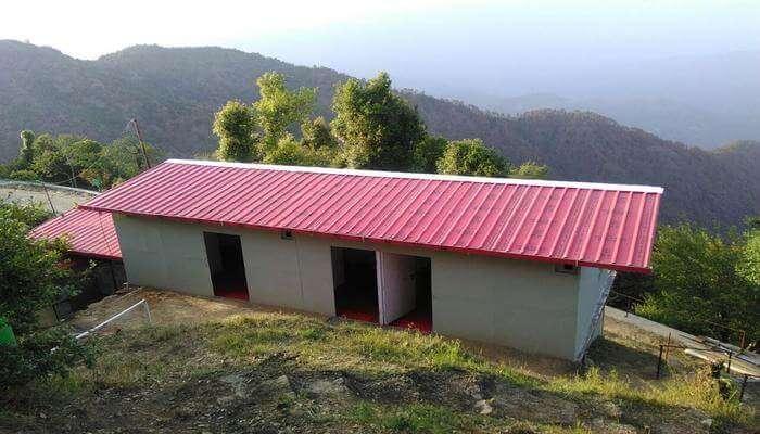 Hilltop View Camp & Cottages