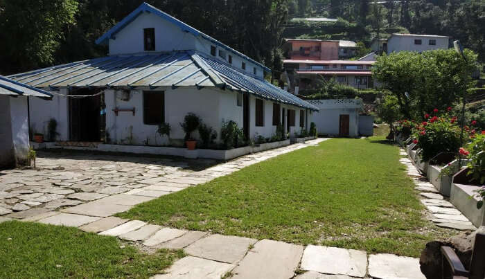 Guest House in Lansdowne