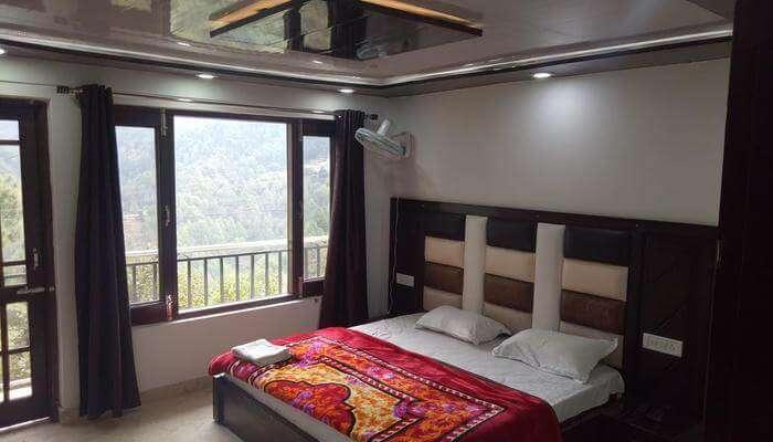 Shradha Guest House