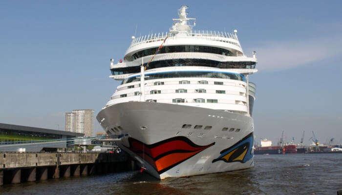 Amazing Sunlover Reef Cruises