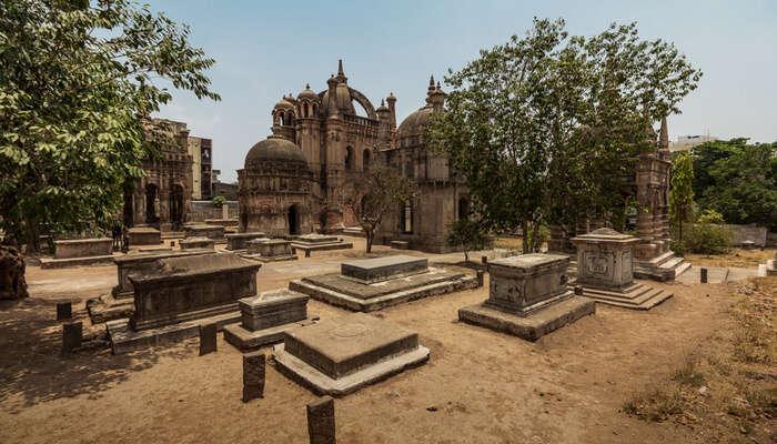 View of Surat monument