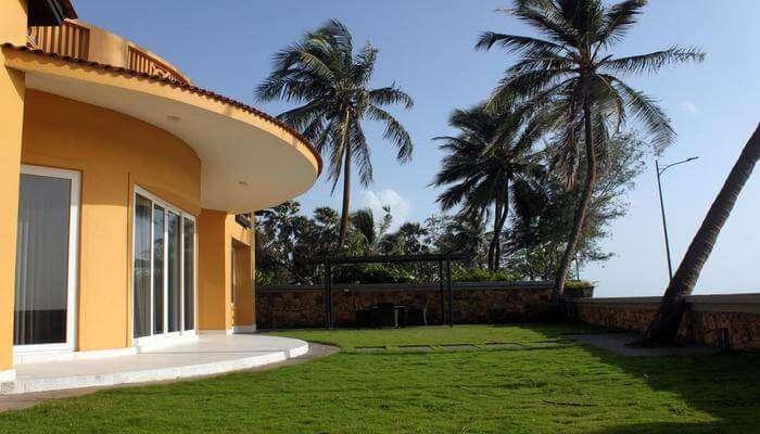The Yellow House Manori in Mumbai
