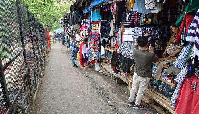 Tibetan Sweater Market
