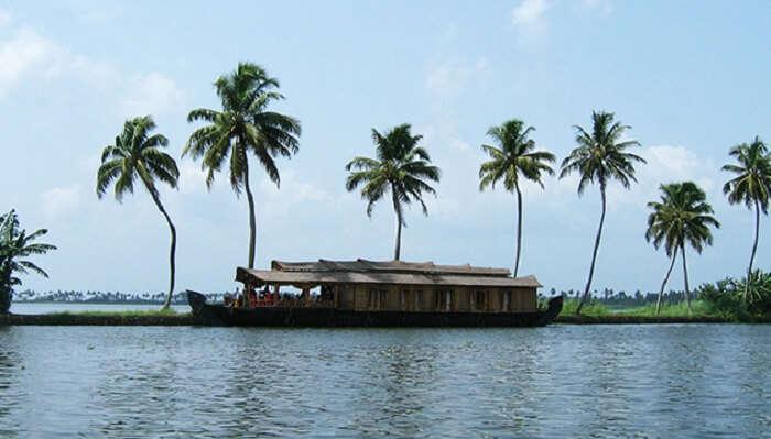 Veeranpuzha Lake