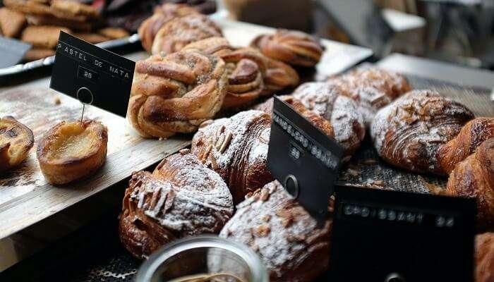 Bakeries: Savour Bakery Goods