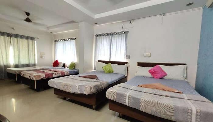 Beach view guest house in coonoor