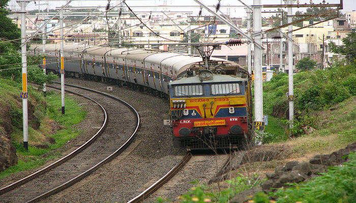 Delhi To Gangtok Trains