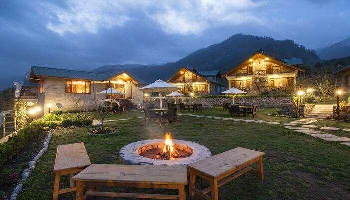 best resorts near Kullu