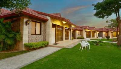 Best resorts near Mathura