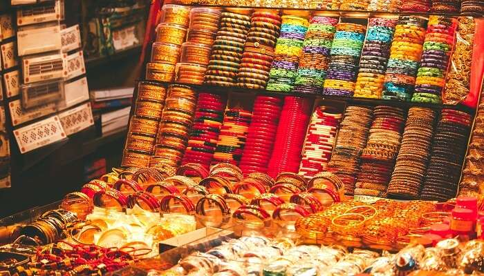 cover - shopping in haridwar