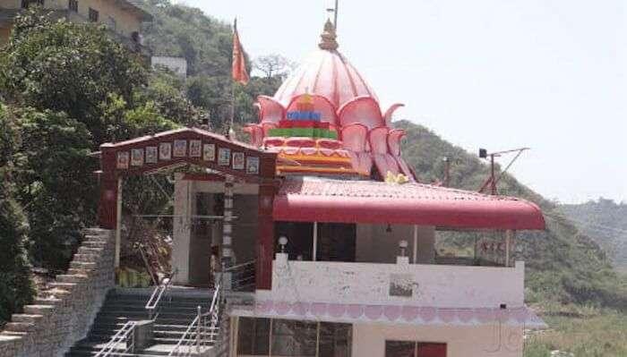 kamakhya devi temple kamali ashram