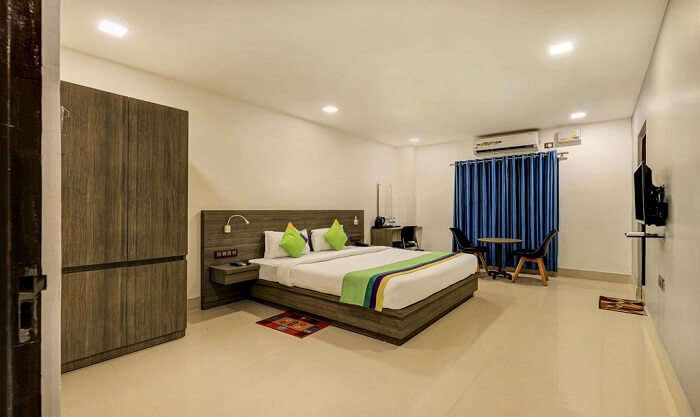 Arna Residency