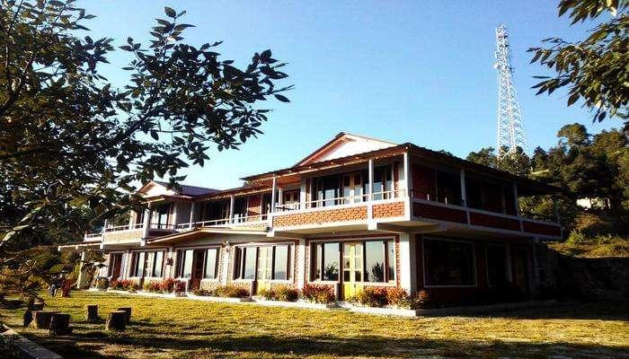 Binsor Oak Paradise Resort
