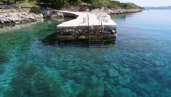 Blue Lagoon: Underwater Down Tour
