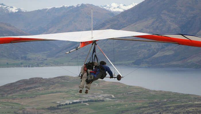 Adventurous Hang Gliding in New Zealand