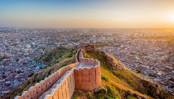 10 Hotels Near Jaipur
