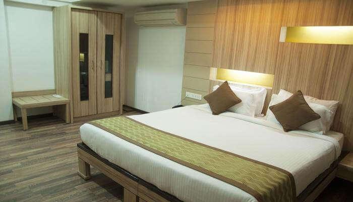 10 Hotels Near Nandi Hills