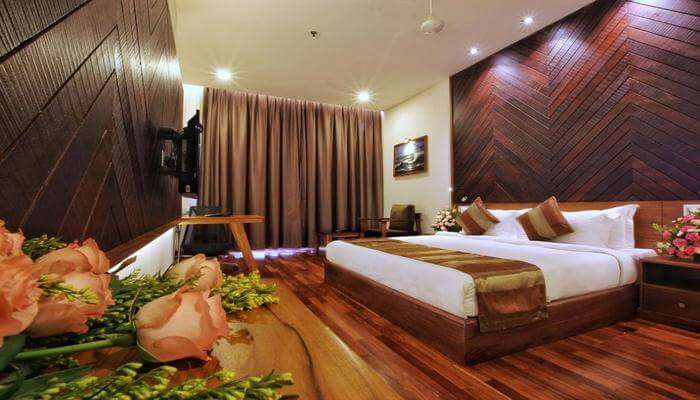 Hotels near Wayanad
