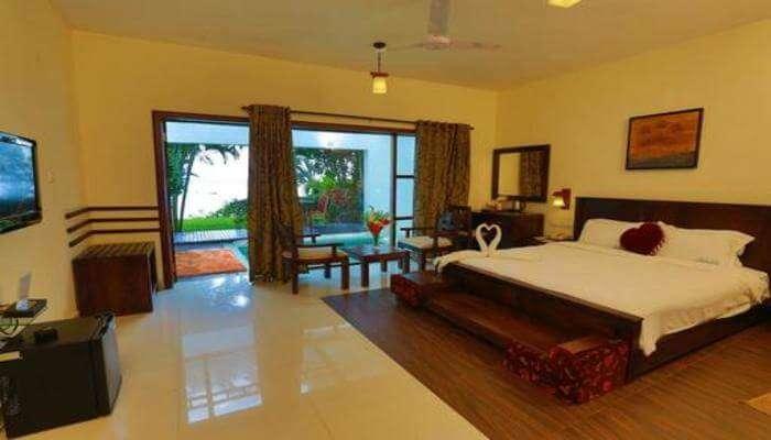 Deshadan Backwater Resort View